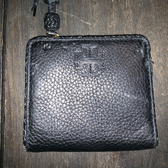 Tory Burch Handbags - Tort Burch Wallet